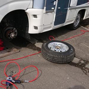 クレエボのタイヤ交換