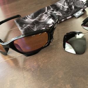 最高のサングラス オークリー レーシングジャケット レンズ交換