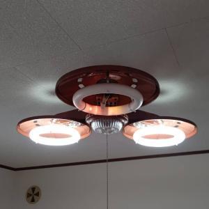 さらに照明器具のチェック、鳴らないAC電源式のチャイムの