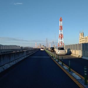 黒崎バイパスを通り、会社の駐車場に寄ります。
