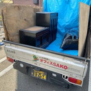 処分する仏壇と仏具を軽トラックで回収したら、会社の