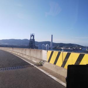 高速から官営八幡製鐵所のモニュメントを
