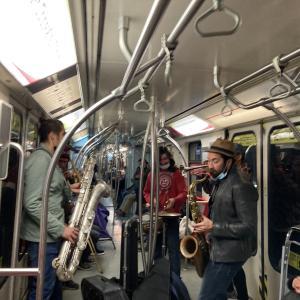 地下鉄1号線にて
