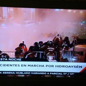 暴動に巻き込まれました(2011.5.14)。