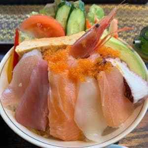 【富山 なんでもあり!】寿司&和食で45年、カフェを併設し15年。地元密着型の会席料理とランチ&カフェのお店『一休 19HITOYASUMI 高岡戸出店』
