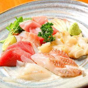 【石川 和食】元魚屋料理長の目利きと扱いを生かした新鮮な地物魚をリーズナブルな価格で『Dining Bar かなざわのおと』