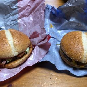 サムライマック‼️『炙り醤油風 ダブル肉厚ビーフ』vs 『炙り醤油風 ベーコントマト肉厚ビーフ』どっちが美味いかを徹底比較!!