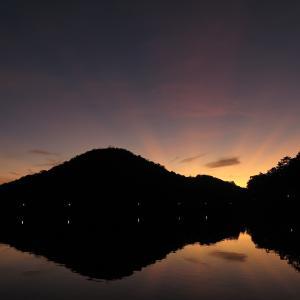 朝焼けから夕焼けまで~京の初秋の一日~