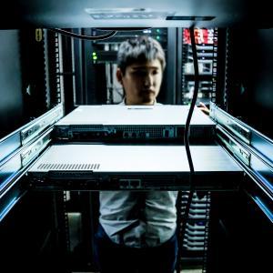 IT業界最初の二択!?インフラか!開発か!