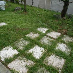 令和2年の草刈り。5回目の終了!年々きつくなりました。砂利まき方式はやめた。