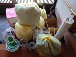 実家の片づけ:ごみ袋6個や缶やビン類を衛生センターへ持ち込み