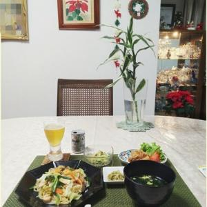 ビーフン・竜田揚げ・クラゲの酢の物