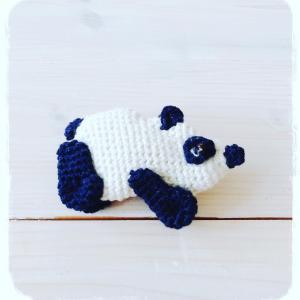 手編みブローチ パンダpanda!