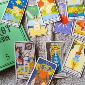 【フェリシモ】タロットカードレッスンプログラムのタロットカードがそろいました!!