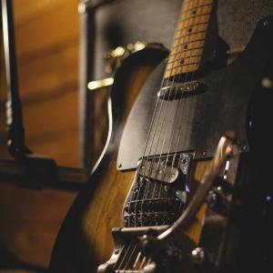 TAB譜を見ながら曲の練習ができるYoutubeチャンネルを3つご紹介します。
