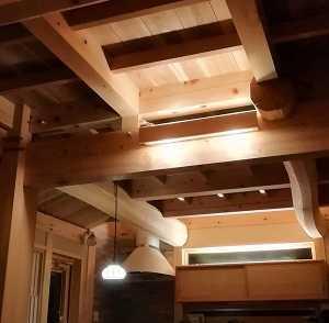 伝統構法の家の住み心地:真冬の温熱環境 ~ 無垢材と土壁の心地よさ