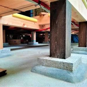 石場建ての床下は動物か妖怪の住処?!・・・ ネットを張りました ~ いろいろな工夫と意匠