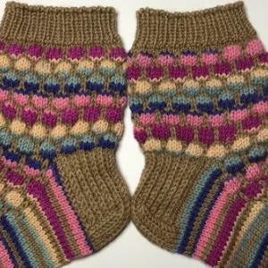 【棒針編み】靴下33号~バブルステッチを使って~