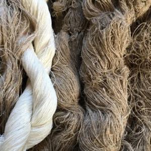 古い亜麻糸