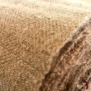杉綾織で亜麻のバスタオルを織る