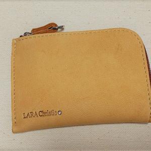 【LARA Christie】肌触りのよいエルク革の女性用財布