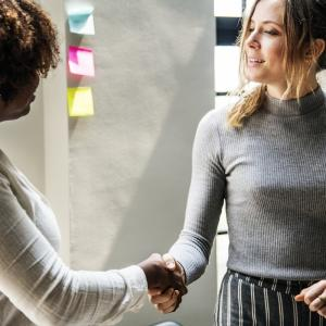 社員紹介という採用率が最も高いリファラルを手に入れるための6つの方法