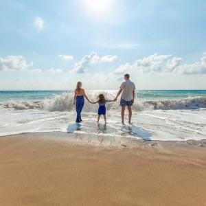 【サバティカル休暇とは】数か月単位で取得が出来る長期休暇でスキルアップを目指せる制度
