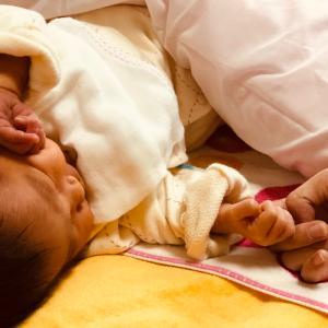 授乳中の肩こりや首こりにおすすめのメディカーボンのネック(首ケア) 新米ママの悩み、授乳中の悩みを少しでも軽減したい