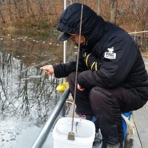 12月1日(日)大沼太公園でワカサギ釣り ①