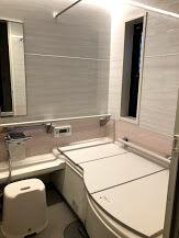 クリナップのお風呂、アクリアバスにリフォーム。 床夏シャワーが凄かった。