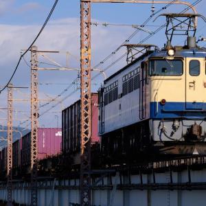 20年10月24日撮影 (5087レ EF65PF国鉄色、8865レ EF64広島更新色)