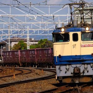 20年10月26日撮影 (5087レ EF65PF国鉄色、EF210-326号機 新鶴見へ甲種)