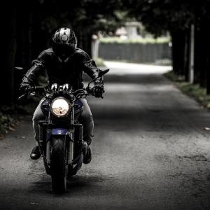 【初心者必見】伝説のバイク動画はブログに応用できるぞ! 「バイクで北海道目指してみた」