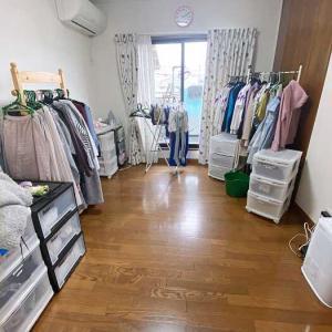 【ビフォーアフター実例】服だらけのクローゼット部屋が洗濯室も兼ねた空間に!