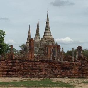 タイに4泊5日で旅行に行くとしたら?荷物は何が必要?