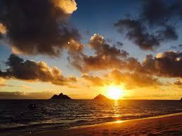 ハワイの朝日お届けします★良い1日になりますように