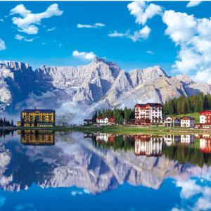世界の風景から★イタリアのドロミーティ山地の風景です。