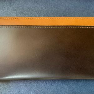 新しい財布。