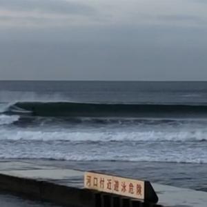 台風19号、GOOD WAVE!最高に楽しめてます。波・湘南鵠沼 10/10