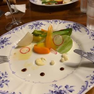 モカちゃんの初めて・ペンションでの夕食