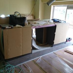 キッチン設置(まだ完成ではない)
