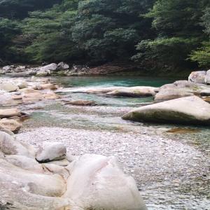 古座川と小川