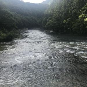 古座川支流小川の滝の拝