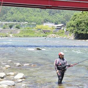 【板取川】溺れた男児を心臓マッサージ救命 鮎釣りに訪れていたバス運転手に感謝状