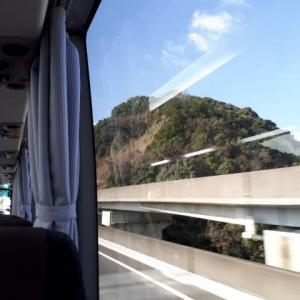 【出張独り言】運転任せて高速バスでの出張