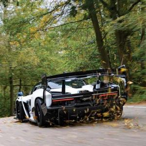 納車開始されたばかりのマクラーレンセナGTRが早速オークションに出品