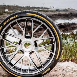 【タイヤもIoT化】Pirelliがインターネットに接続するタイヤを発表&またまたフォードGTが転売される