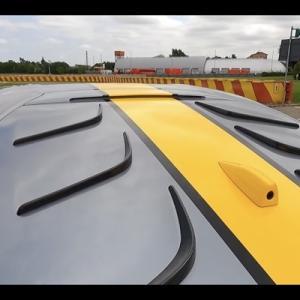 量産車で初めてリアスクリーンを完全に塞いだフェラーリのボルテックスジェネレーターが凄い