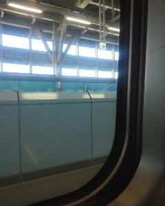 新幹線発車遅れ