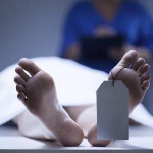 「遺体安置ホテル繁忙」